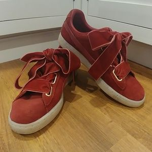 PUMA Suede & Velvet Heart Bow Trainers Shoes